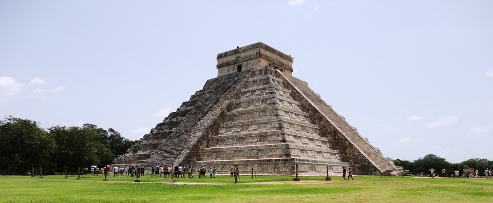 A site you can see on BA's new flights: Cancun Aztec temple