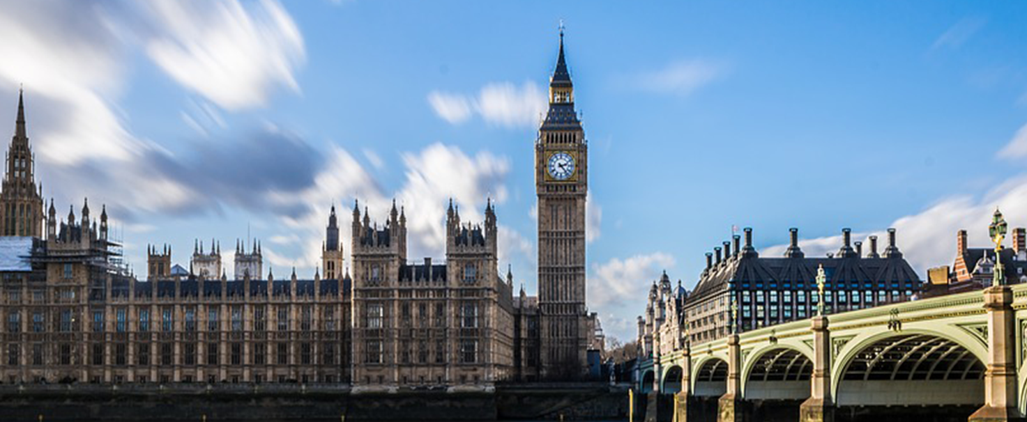 Take a Heathrow taxi to Westminster in London
